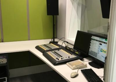 StudioRadiofonico003